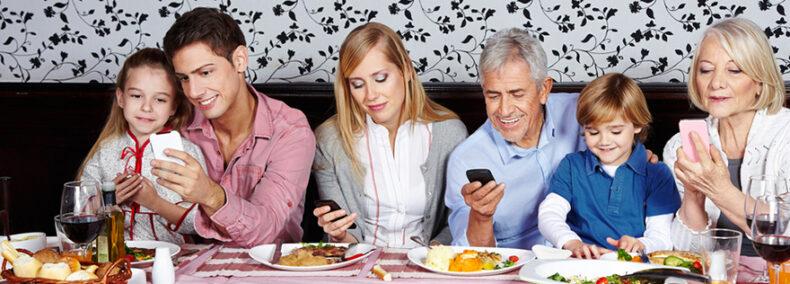 Studie: Zeit mit Smartphone wichtiger als Zeit mit Menschen?